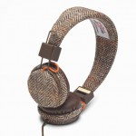 harris-tweed-urbanears-plattan-headphones-2-620x413