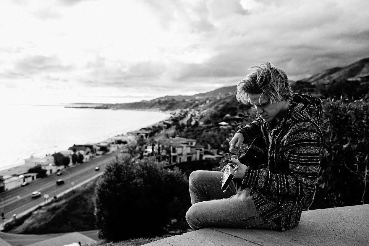 Cody Simpson breaks 'Free' as he evolves into a fresh independent artist